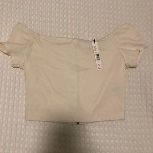 White shirt sleeve crop top
